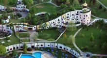 Bad Blumau, kompleks hotelowy, proj. Hundertwasser, newgreen.pl