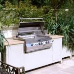 kuchnia w ogrodzie, newgreen.pl, zabudowany grill w kuchni ogrodowej