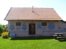 malowana chata wiejska w Zalipiu, newgreen.pl