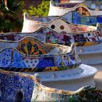 bajkowe ławki w Parku Güell